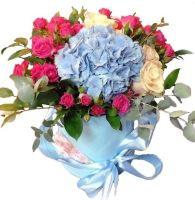 """Живые цветы в коробке """"Летний сад"""""""
