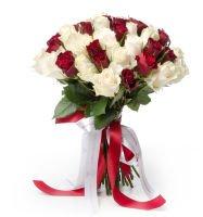 """Красные и белые розы """"Ромео и Джульетта"""""""