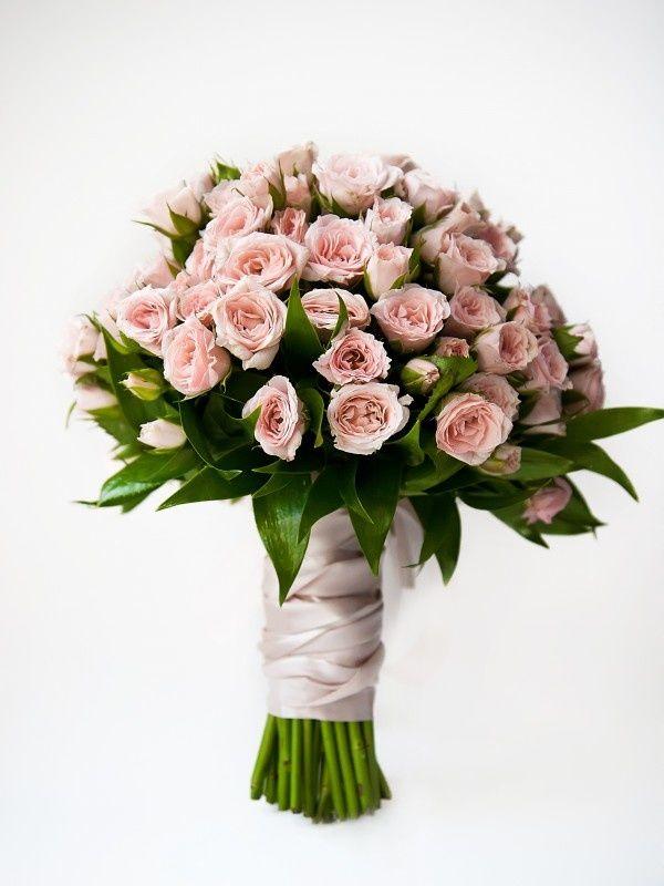 Купить розы в кирове по оптовым ценам заказать букет цветов киев недорого