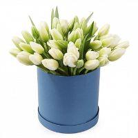 """Тюльпаны в шляпной коробке """"Подарки весны"""""""
