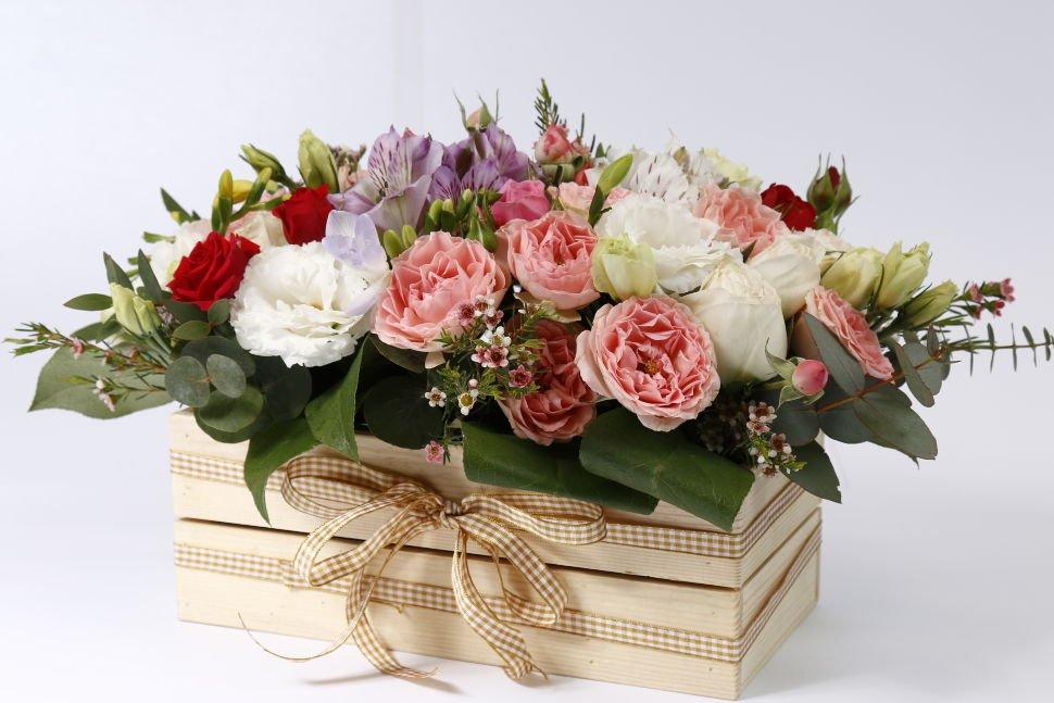 Купить цветы в ящике
