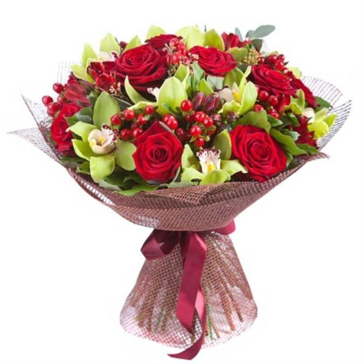 Купить цветы дешево 10 роз за 150 рублей букеты из цветов на заказ в самаре